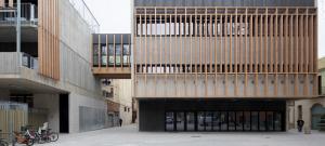 Imatge del nou edifici de l'Escola La Mar Bella