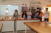 L'alumnat de l'Institut Príncep de Viana durant la seva presentació.