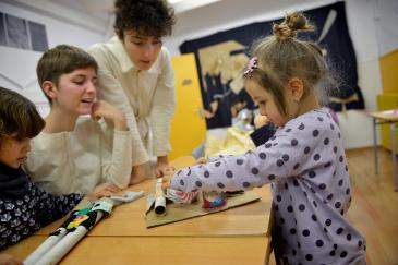 La Convocatòria Unificada de Programes Educatius posa a l'abast dels centres 83 programes de la ciutat