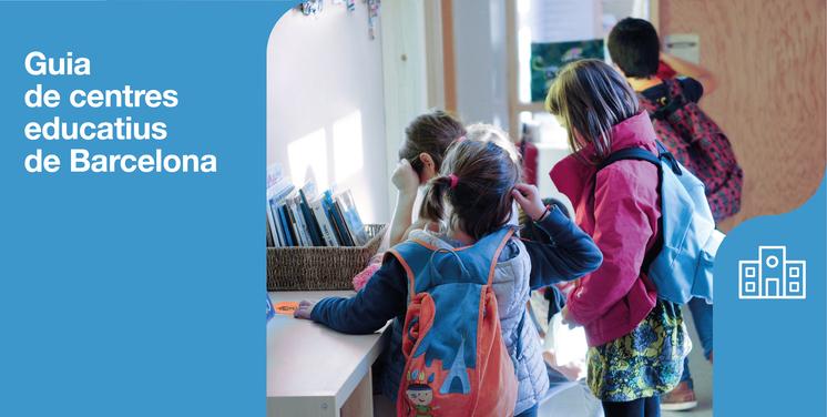 Guia de centres educatius de la ciutat de Barcelona i fotografia de nens i nenes entrant a l'escola.
