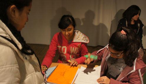 Joves constructors de la pau